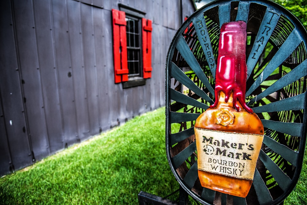 [Q] In what U.S. state is the world's oldest operating bourbon distillery?