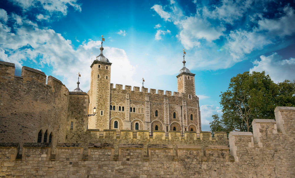 [A] What was the Tower of London originally built for?
